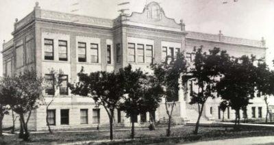 Luxton School in 1910